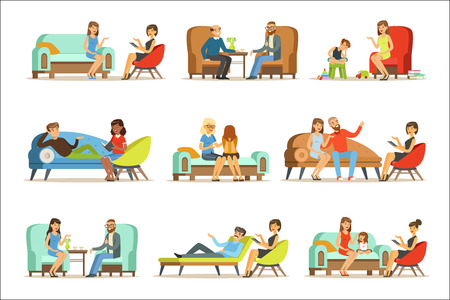 Les gens parlent au psychologue. Patients lors d'une réception aux psychothérapies. Conseils de psychothérapie, Illustrations colorées isolés sur fond blanc Vecteurs