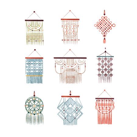 Makramee-Hänge-Set, elegante handgemachte Heimtextilien aus Baumwollschnur-Vektor-Illustration isoliert auf weißem Hintergrund.