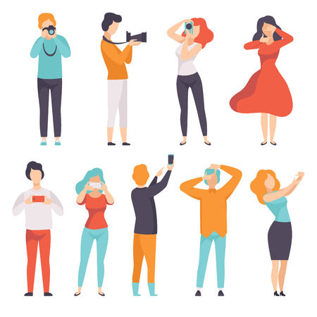 People photographing set, young men and women taking photos with cameras vector Illustration isolated on a white background. Standard-Bild - 108678211