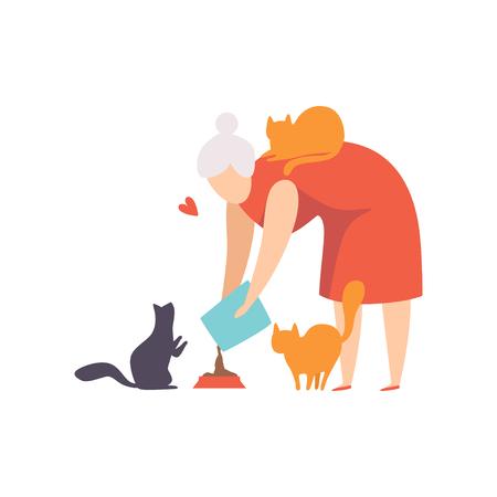 Donna anziana che nutre i suoi gatti, adorabili animali domestici e il loro proprietario vettoriale illustrazione isolato su sfondo bianco.