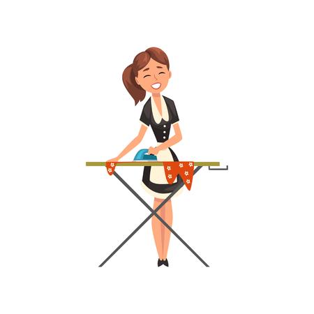 Lachende meid dienstmeid Strijkservice kleding op een strijkplank, dienstmeid karakter dragen klassieke uniform met zwarte jurk en witte schort, schoonmaak service vector illustratie geïsoleerd op een witte achtergrond.