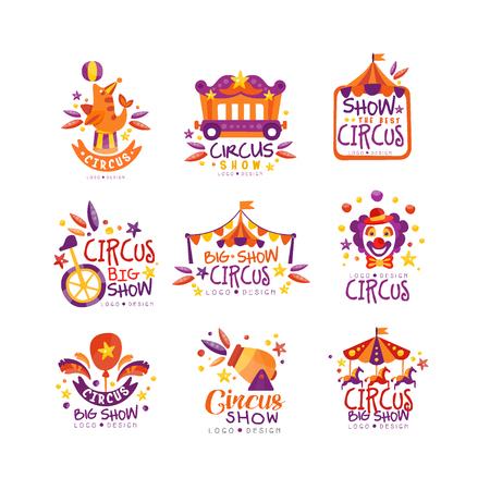Grote circusshow logo ontwerpset, carnaval, feestelijke etiketten, insignes, hand getrokken ontwerpelementen een worden gebruikt voor flyear, poster, banner, uitnodiging vector illustratie Logo