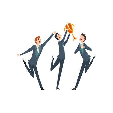 Erfolgreicher Geschäftsmann mit Siegerpokal, neidische Kollegen, die seine Erfolgsvektorillustration auf weißem Hintergrund beneiden. Vektorgrafik