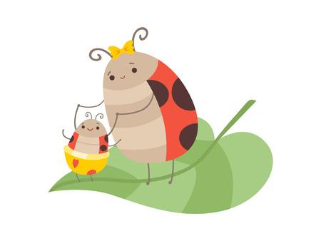 Feliz familia mariquita, madre mariquita y su bebé sentado en la hoja verde, personajes de insectos voladores de dibujos animados lindo ilustración vectorial