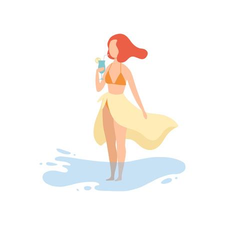 Feliz hermosa chica en Bikini y Pareo de pie en la playa y beber cócteles vacaciones Vector ilustración sobre fondo blanco Ilustración de vector