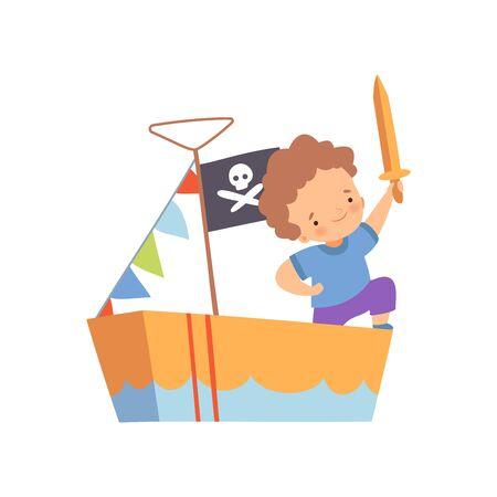 Personnage de garçon créatif jouant aux pirates, enfant mignon jouant au navire fait de boîtes en carton Illustration vectorielle de dessin animé sur fond blanc.