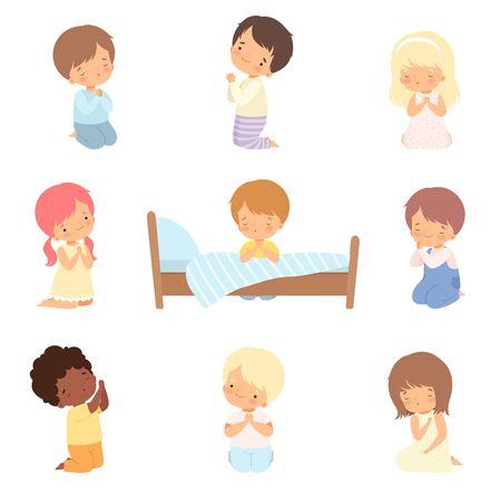Colección de personajes de niños pequeños lindos arrodillados y rezando ilustración vectorial de dibujos animados