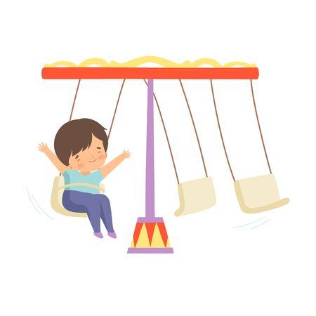 Netter glücklicher Junge, der am Karussell im Vergnügungspark-Vektor-Illustration auf weißem Hintergrund schwingt.