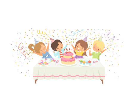 Garçons et filles mignons s'amusant à la table de fête avec gâteau et confettis, illustration vectorielle de joyeux anniversaire fête célébration sur fond blanc. Vecteurs