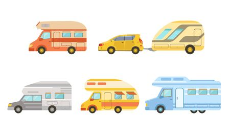 Collection of Camper Trailers Set, Trailering, Camping, Outdoor Adventures Vector Illustration Banque d'images - 129699221