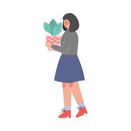 Femme portant un pot de fleurs avec une plante verte, une fille s'occupant d'une plante d'intérieur ou se déplaçant vers une autre illustration vectorielle de maison Vecteurs