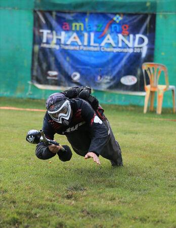 bb gun: Paintball player  jump