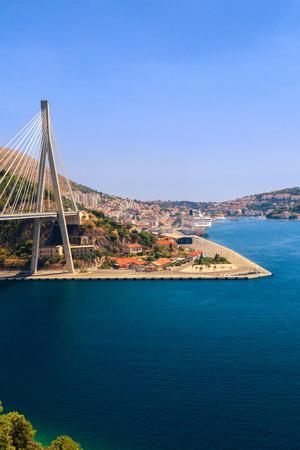cable cutter: Suspension bridge over the water in Dubrovnik, Croatia.