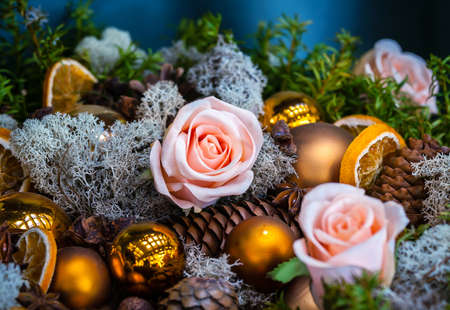 christmas gold: Christmas decoration with bubbles  and pink roses