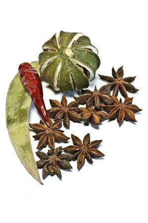 dried spice: Especias secas y frutas  Foto de archivo