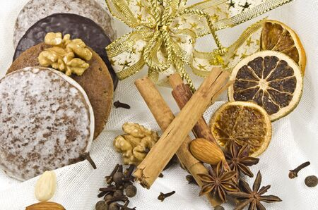 Gingerbread cookies and spice Stock Photo - 10874687