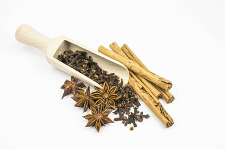 Cinnamon, star anise, allspice and cloves Stock Photo - 13655105