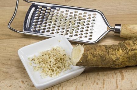 Ground horseradish and rasp