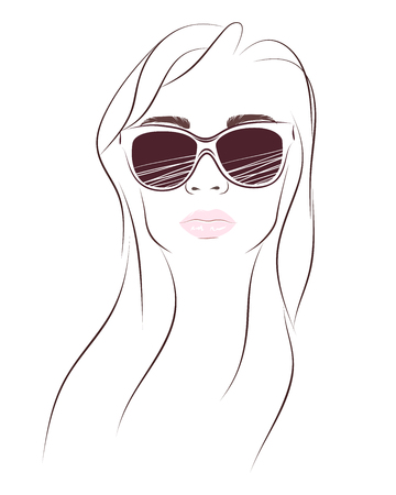 Simply fashion portrait of woman in sunglasses