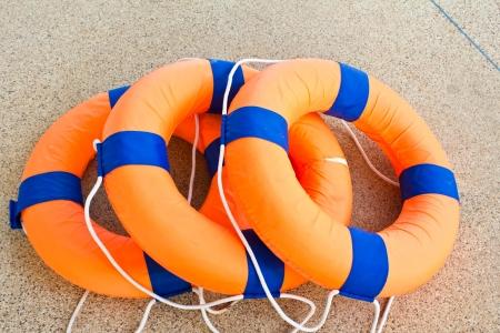 Colete salva-vidas flutuante