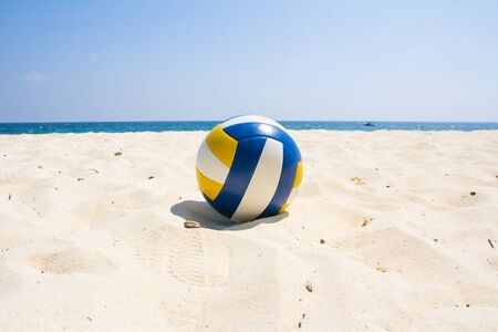 pelota de voleibol: Voleibol en la playa