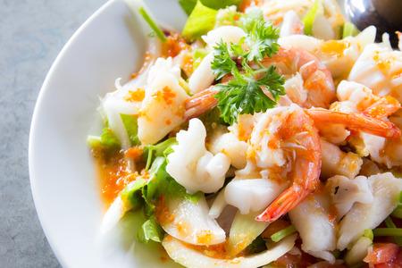 맛있는 매운 해산물 태국 음식
