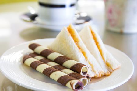 tuna mayo: snack with sandwich in coffee shop