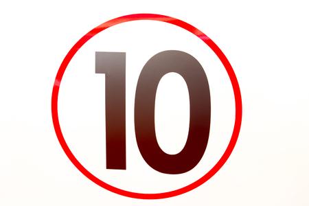 numero diez: el número diez en el coche Foto de archivo