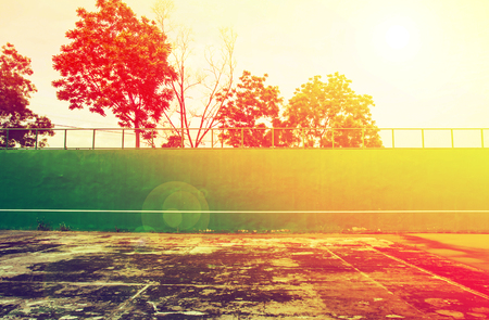 knock: Old green Tennis Court surface ,tennis knock board