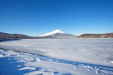 Mountain Fuji in winter Stock Photo - 17478629