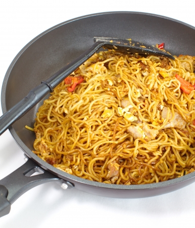 chinese stir-fried noodles  photo