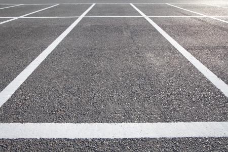 Parkplatz im Freien Standard-Bild - 25015958