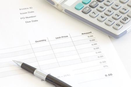 Business Document Rechnung Standard-Bild - 25016422