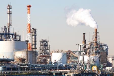 usine p�trochimique industrielle ou une raffinerie de p�trole Banque d'images