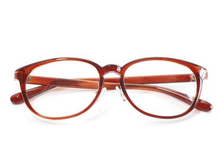 白い背景で隔離のファッション メガネ赤フレーム
