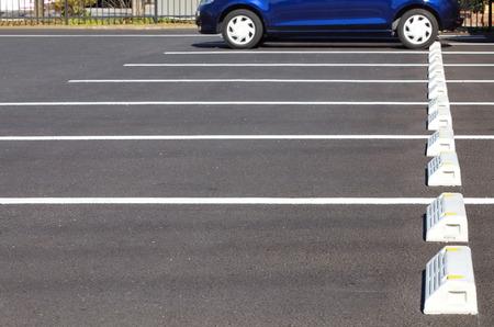 Lege ruimte op een parkeerplaats