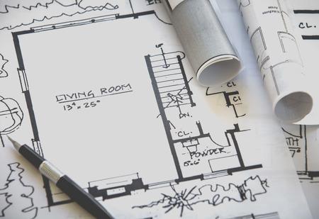 dessin: rouleaux Architect et plans dessin de projets de construction Banque d'images
