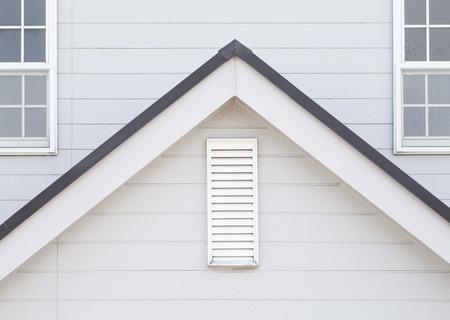 家の外壁とウィンドウの詳細