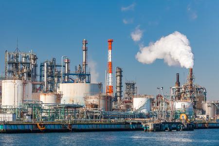 石油精製プラント フォーム産業ゾーンで産業ビュー 写真素材