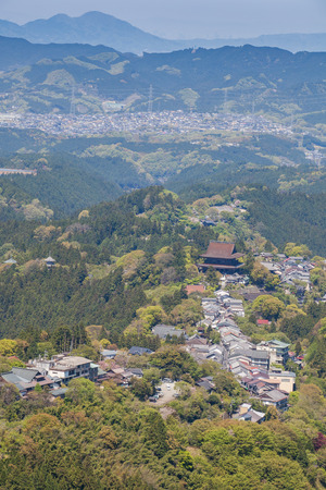 seaonal: Mount Yoshino and Yoshino town at Nara prefecture , is Japans most famous cherry blossom spot Stock Photo