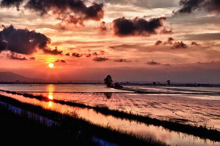 Puesta de sol de Delta del Ebro, HDR