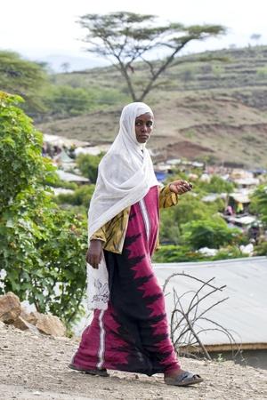 sembete, ethiopia, july 31, 2011 - women of the amara ethnic market returns sembete weekly. Stock Photo - 10354729