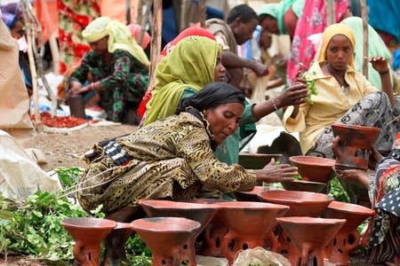 brings: Bati, Etiopia, 1 agosto 2011 - mercato Bati � uno dei pi� importanti d'Etiopia, riunisce una moltitudine di gruppi etnici, home Oromo e lontano.