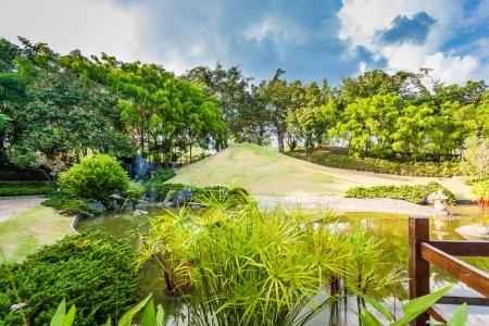 Pond and Water Landscape in Japanese Garden Stock Photo - 22669290