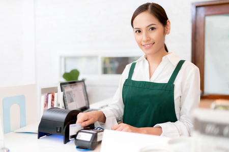 Owner Credit card is used to pay for food and coffee. Stock Photo - 98630947