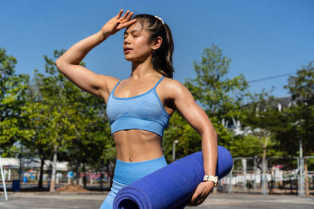Asian woman Healthy She has finished exercising. 版權商用圖片