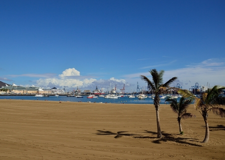 Alcaravaneras beach, bay and port, Las Palmas of Gran canaria, Canary islands