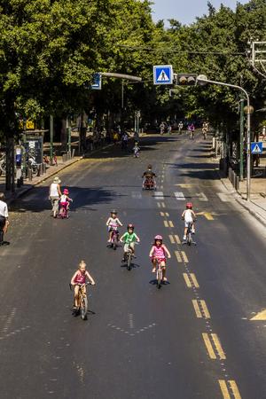 kippur: The streets of Tel Aviv during the holiday Yom Kippur, September 26, 2012