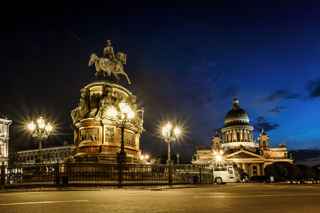 View on monument to Emperor  Nicholas and St Isaac's Cathedral  in St.-Petersburg in white nigth Archivio Fotografico