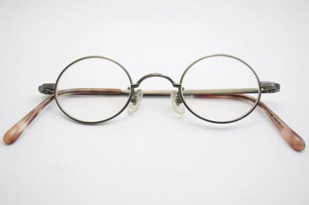round: round eyeglass